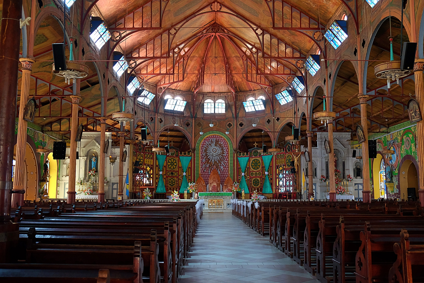 castries cathedral interior