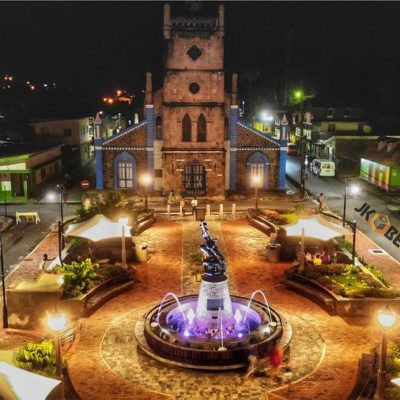 What to do and see in Soufriere Saint Lucia - Soufriere renovated town square is finally open! Also see the Church of Our Lady of the Assumption