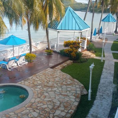 Beautiful beachfront boutique hotel villa beach cottages is your perfect caribbean getaway - book your holiday in Saint Lucia
